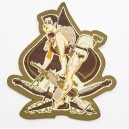 Patch ecusson scratch military pin up brunette spide pique armes